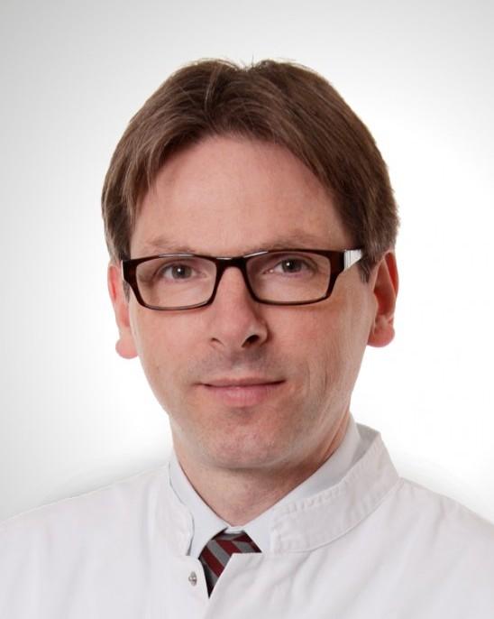 Dr. med. Burkhard Helmke
