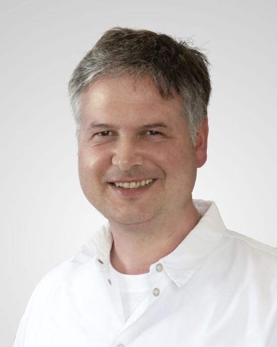 Dr. Thilo Töllner
